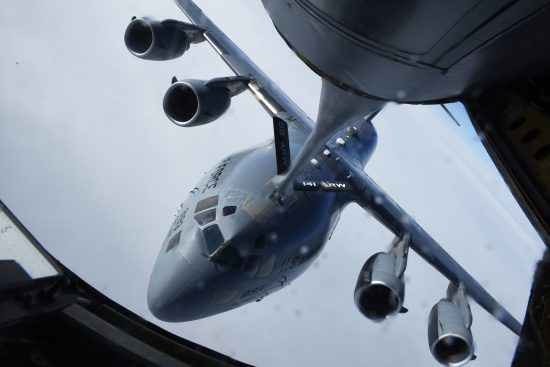 97th Refuels C-17 Globemaster III in first mission