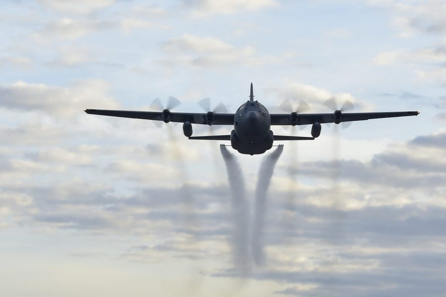910th spearheads spray course in Florida