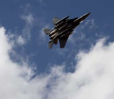 Fighter jets simulate strikes in southeastern Syria