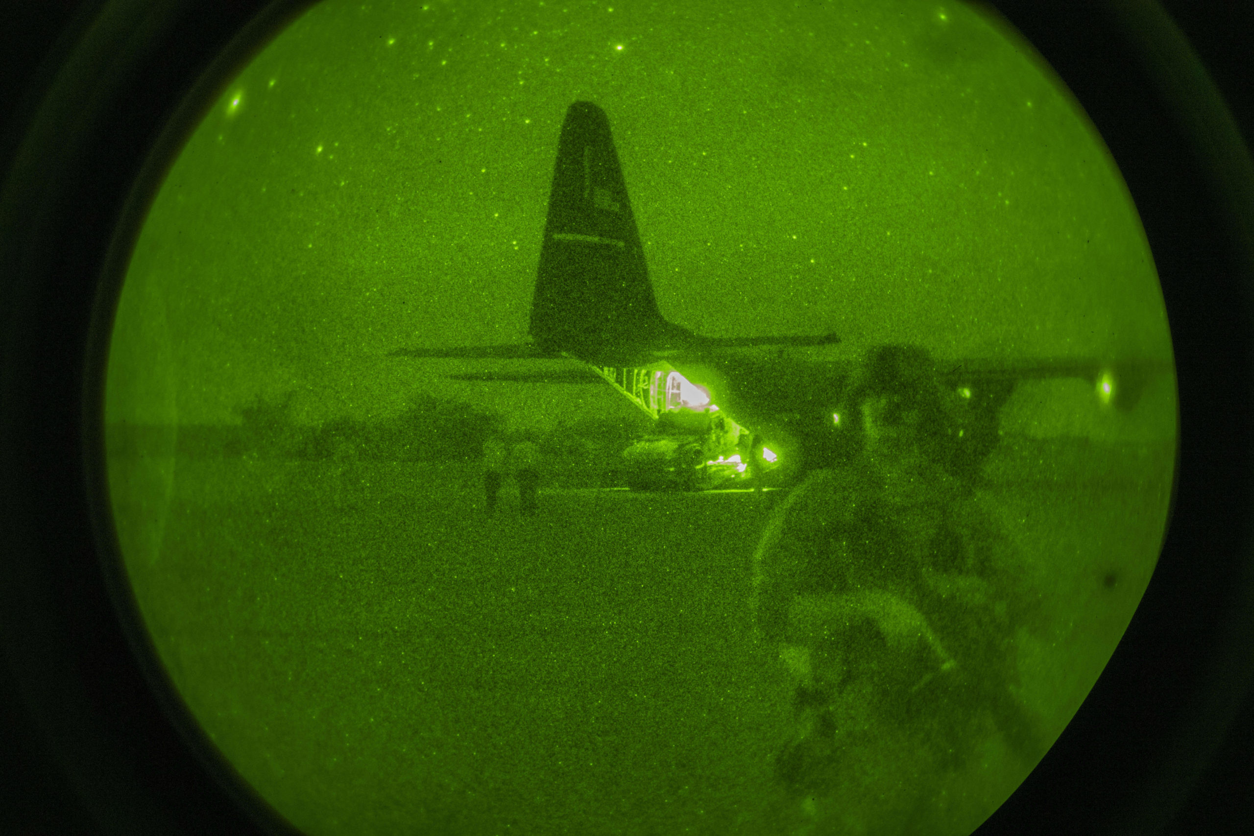 How Airmen and Aircraft Helped Move U.S. Forces Out of Somalia - Air Force Magazine