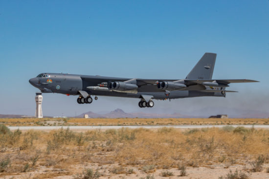 B-52 AGM-183A captive carry test
