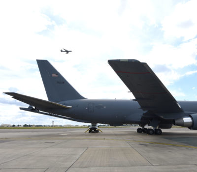 kc-46 tail flashes